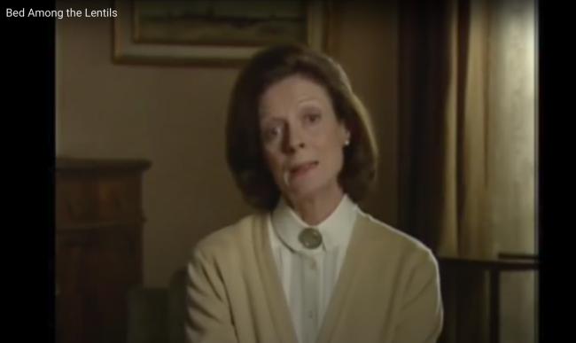 Foto de Maggie Smith en Bed among the Lentils, otro episodio de la serie de Talking Head.